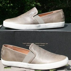 Frye leather Dylan slip-on shoes size 8M